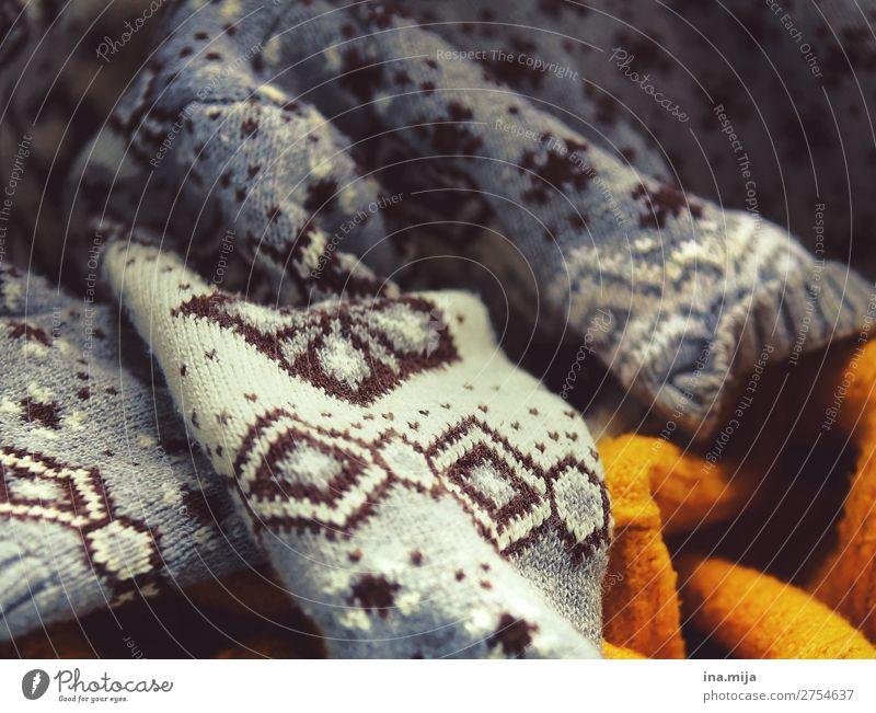 kuschelig warm Mode Bekleidung Pullover Wolle Wolldecke Wollpullover trendy kuschlig Wärme weich gelb grau orange weiß Design kalt Stil Wäsche Winterbekleidung