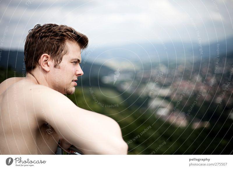 The Lookout Mensch Natur Mann Jugendliche Sommer Pflanze Freude Wolken Haus Erwachsene Wald Ferne Landschaft Berge u. Gebirge Leben Freiheit