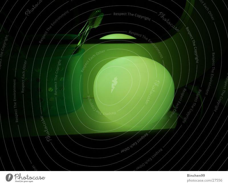 grünes licht schwarz Lampe Bad Häusliches Leben Kugel Zahnbürste