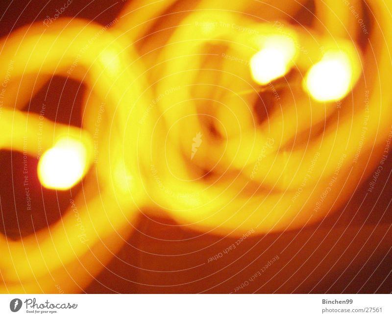 gelbe Kreise rot schwarz weiß Hintergrundbild 3 Lampe Langzeitbelichtung kreise verlauf Punkt orange