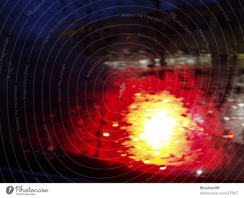 Feuerball Licht gelb rot Verlauf Hintergrundbild schwarz Langzeitbelichtung orange Autolicht Scheinwerfer