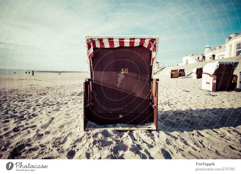 Summer of 56 Strand Erholung Strandkorb Borkum Nordsee Nordseeinsel Nordseestrand Ferien & Urlaub & Reisen Sommerurlaub sommerlich Strandanlage Meer Sandstrand