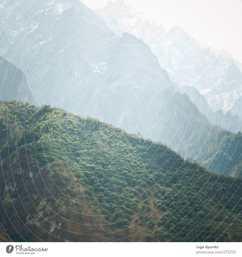 Green Hills Umwelt Natur Landschaft Pflanze Sträucher Hügel Berge u. Gebirge Hochgebirge China Yunnan außergewöhnlich bedrohlich dunkel gigantisch groß