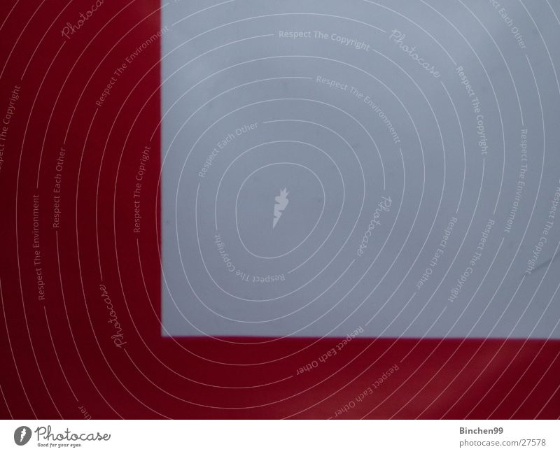 Rotes L weiß rot Farbe grau 2 Buchstaben obskur l