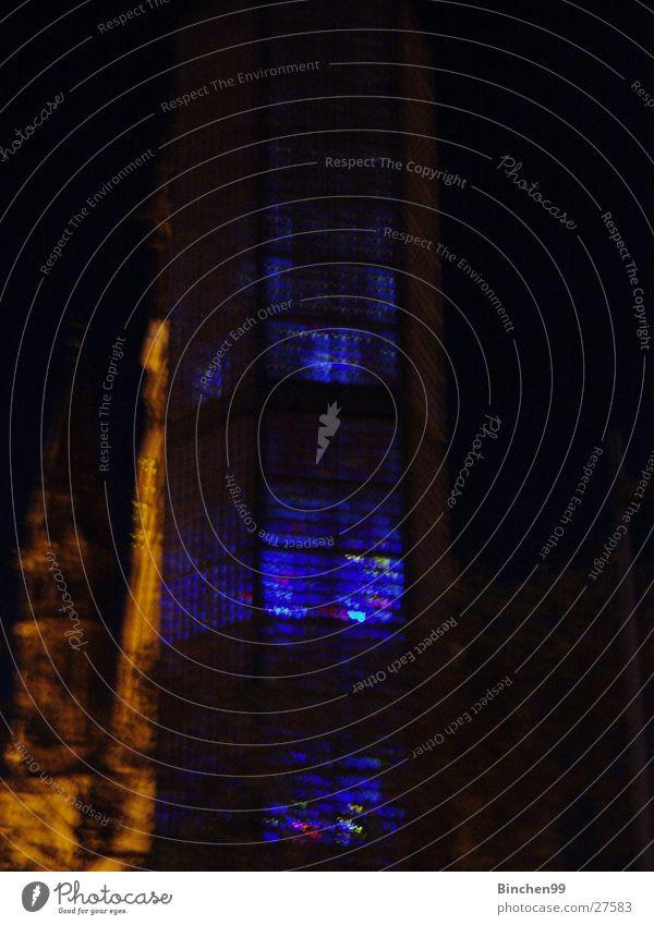 Blaues Licht der Hoffnung dunkel Nacht Gebäude Gedächtnis Kirche Gotteshäuser Religion & Glaube blau Berlin Beleuchtung