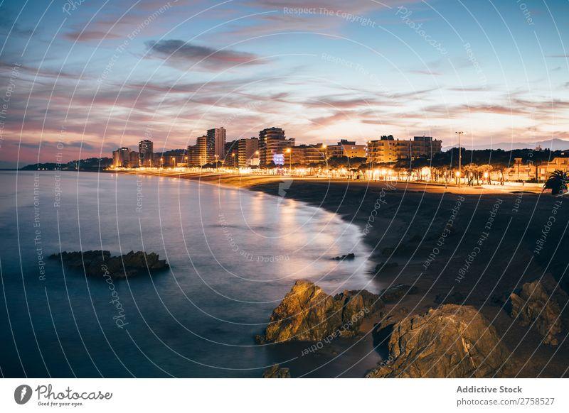 Costa Brava bei Nacht Girona Strand blau brava Gebäude ruhig Katalonien Küste Rippen dunkel Daro Ausflugsziel Europa Landschaft Licht Stimmung Menschenleer Meer