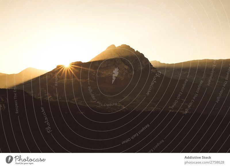 Sonnenuntergang in den Bergen Hügel Berge u. Gebirge Natur Landschaft Felsen Ferien & Urlaub & Reisen Abend Lichtschein schön Aussicht Sommer Tourismus Umwelt