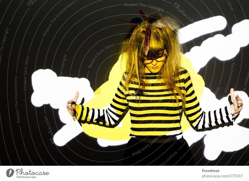 here comes the sun Mensch Frau Jugendliche schön Erwachsene gelb feminin Junge Frau Stil blond außergewöhnlich wild verrückt ästhetisch einzigartig Kreativität