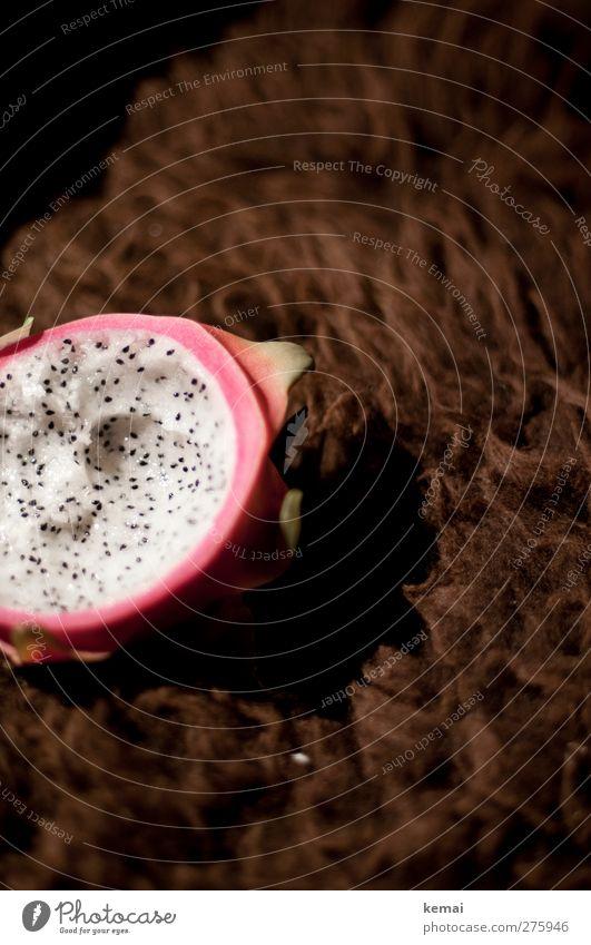 Exotische Frucht weiß schwarz Ernährung Lebensmittel offen Wohnung rosa Häusliches Leben lecker exotisch Hälfte Kerne aufgeschnitten Schaffell Drachenfrucht
