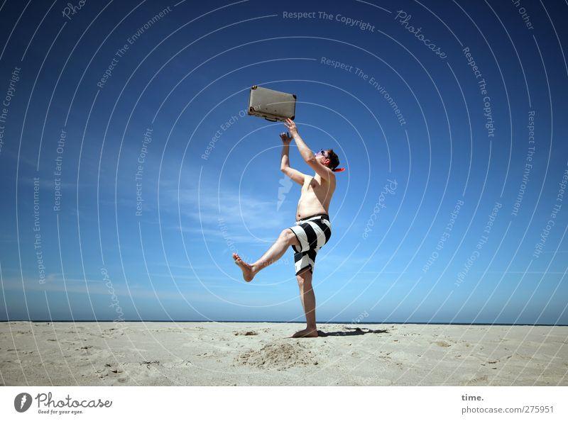 Hiddensee | Magic Suitcase Mensch Himmel Mann Ferien & Urlaub & Reisen Strand Freude Wolken Erwachsene Erholung Landschaft Umwelt Freiheit Küste Glück Sand