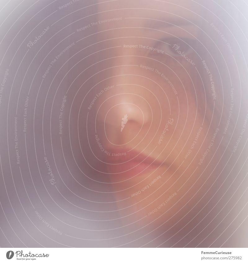 V O G U E. Frau Jugendliche schön rot Erwachsene Gesicht Auge feminin Erotik Haare & Frisuren Junge Frau Kopf Stil 18-30 Jahre Mund elegant