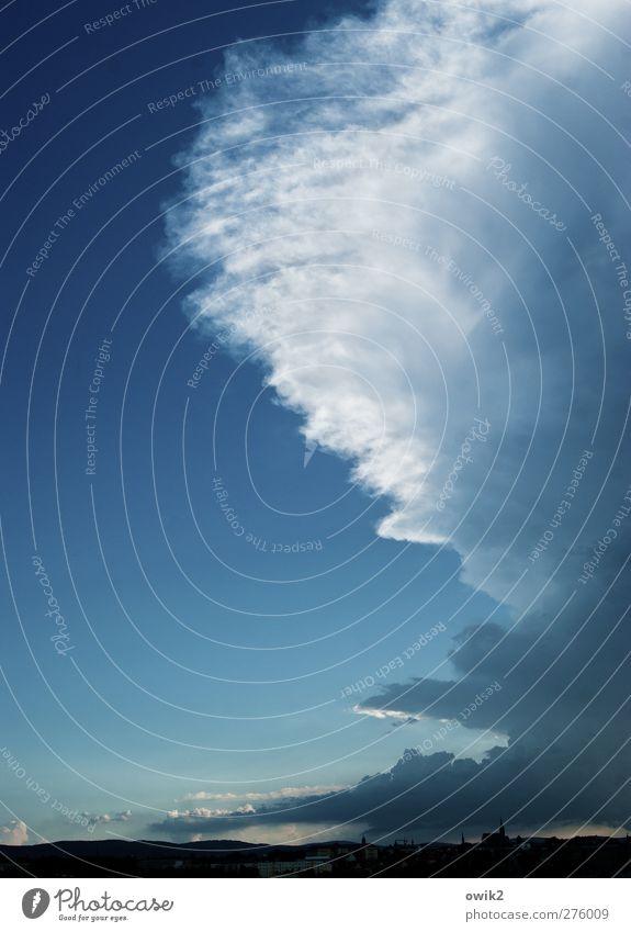 Wetterwechsel Umwelt Himmel Wolken Gewitterwolken Horizont Klima Klimawandel Bautzen Deutschland Europa Haus Kirche Dom Bauwerk Gebäude Architektur Ferne hell