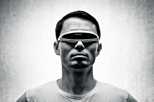 Jack to the Future Stil Design maskulin Junger Mann Jugendliche Erwachsene 1 Mensch 18-30 Jahre 30-45 Jahre T-Shirt Sonnenbrille ästhetisch außergewöhnlich