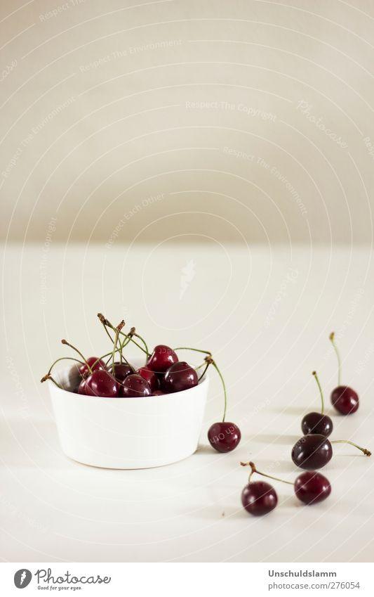 Cherry time weiß Sommer rot Farbe Freude grau Stil hell Gesundheit Wohnung Frucht Lebensmittel frisch Lifestyle Ernährung ästhetisch