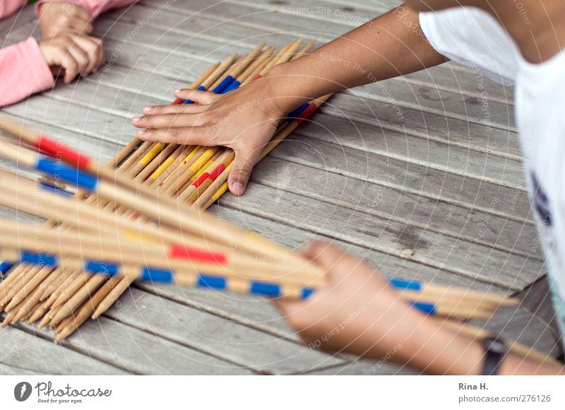 Mikado II Mensch Kind Spielen Kindheit Arme Freizeit & Hobby berühren 3-8 Jahre Mikado