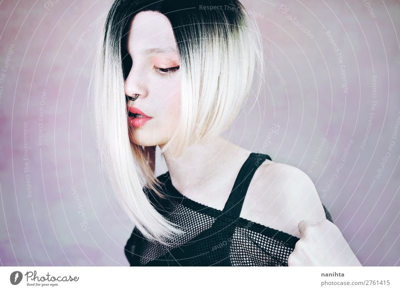 Frau Mensch Jugendliche Junge Frau schön weiß Erotik 18-30 Jahre Gesicht Lifestyle Erwachsene feminin Stil Mode Haare & Frisuren rosa