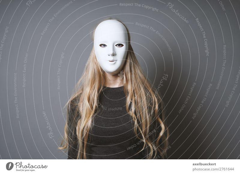 mysteriöse Frau verbirgt Gesicht hinter Maske Karneval Halloween Mensch feminin Junge Frau Jugendliche Erwachsene 1 18-30 Jahre Theaterschauspiel Schauspieler