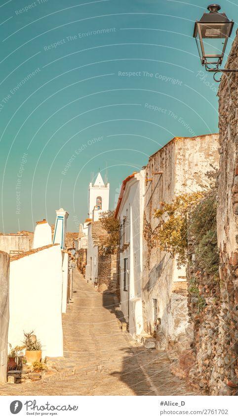 """Mittelalterliches Dorf Monsaraz im Alentejo Portugal Ferien & Urlaub & Reisen Sightseeing Europa Denkmal Romantik Tourismus Region Gasse """"Monsaraz,Häuser enge"""