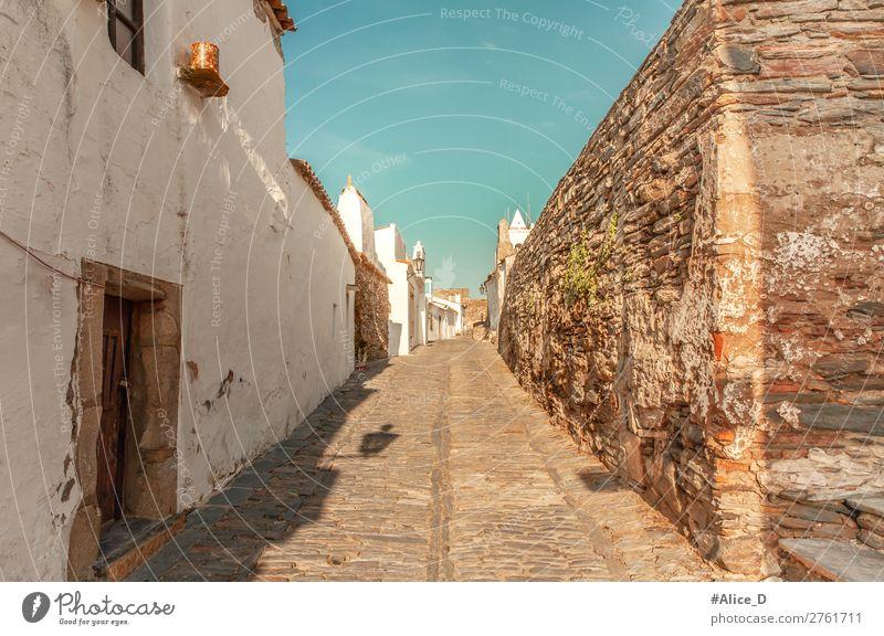 Mittelalterliches Dorf Monsaraz im Alentejo Portugal Ferien & Urlaub & Reisen Tourismus Europa Kleinstadt Altstadt überbevölkert Haus Gebäude Architektur Mauer