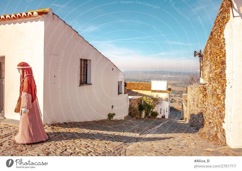 Mittelalterliches Dorf Monsaraz im Alentejo Portugal Ferien & Urlaub & Reisen Tourismus Europa Kleinstadt Altstadt Haus Architektur Mauer Wand Fassade