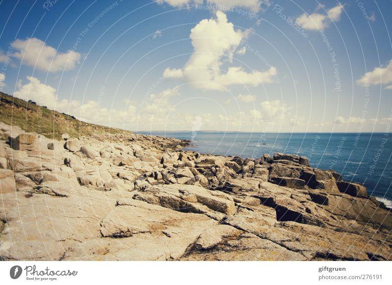 so soll sommer sein Himmel blau Wasser Sommer Sonne Meer Wolken Landschaft Gras Küste Stein Horizont Schwimmen & Baden Felsen Erde Wellen