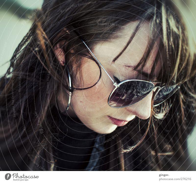 Hiddensee | Somethings. Mensch Frau Jugendliche schön Erwachsene Gesicht feminin Leben Junge Frau Haare & Frisuren Kopf Wind 18-30 Jahre authentisch retro einzigartig