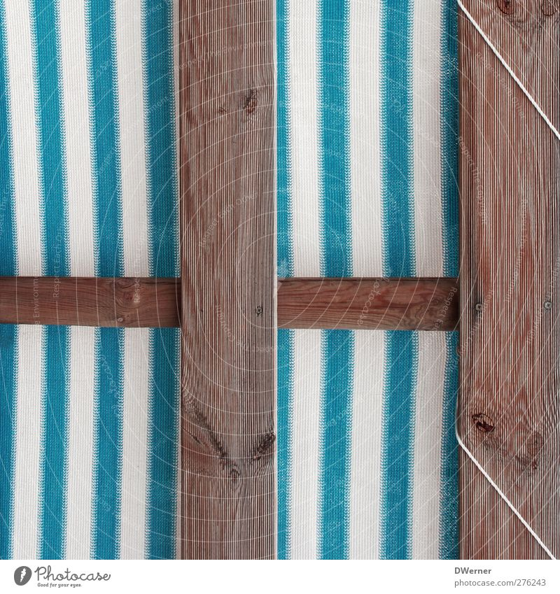 Beachclub Design Freizeit & Hobby Dekoration & Verzierung Strandbar Mauer Wand Terrasse Holz Linie Streifen Schnur dünn retro trashig blau weiß Schneidebrett