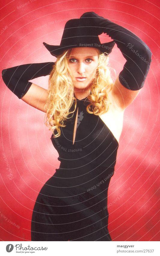 Attractive! Frau schwarz blond Hut Samt
