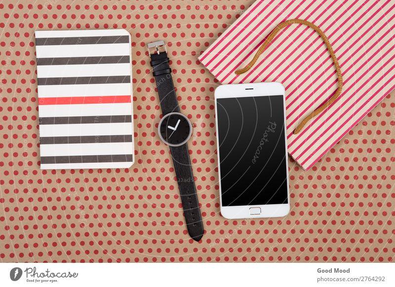 Einkaufstasche, Notizblöcke, Uhr und Smartphone kaufen Stil Design Büro Handwerk Business Telefon PDA Bildschirm Technik & Technologie Musiknoten Rudel Papier