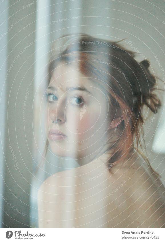 ehrlich und klar. Mensch Jugendliche schön Erwachsene Gesicht feminin nackt Junge Frau Haare & Frisuren Traurigkeit Denken träumen Körper 18-30 Jahre Rücken natürlich
