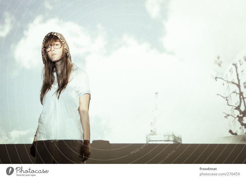 cloudservice Mensch Frau Jugendliche schön Wolken Erwachsene feminin Junge Frau blond ästhetisch einzigartig Mütze brünett trashig trendy langhaarig