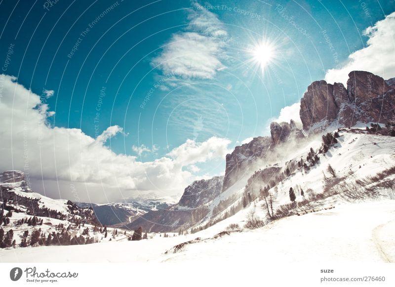 Winterlicht Himmel Natur Ferien & Urlaub & Reisen blau Sonne Landschaft Wolken Winter Umwelt Berge u. Gebirge Schnee außergewöhnlich Felsen Klima groß Schönes Wetter