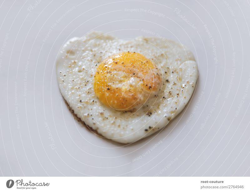 Liebe geht durch den ... Mampf Mampf Mittagessen Essen Valentinstag Muttertag Hochzeit Geburtstag gelb Verliebtheit Partnerschaft Symbole & Metaphern