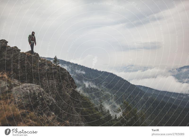 Wandertag 12Tausender 6 Mensch Ferien & Urlaub & Reisen Natur Mann Sommer Landschaft Wolken Ferne Berge u. Gebirge Erwachsene Herbst Frühling Tourismus Freiheit