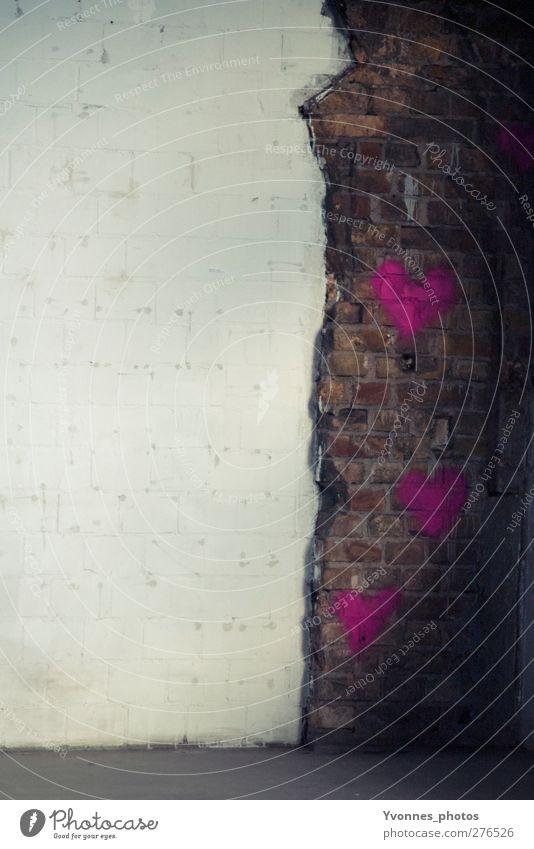wand Haus Liebe Graffiti Wand Architektur Mauer Gebäude rosa Fassade Herz Fabrik Bauwerk Ruine Kunstwerk