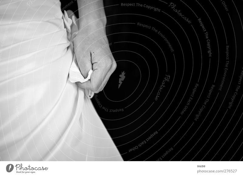 Anspannung Feste & Feiern Hochzeit Mensch feminin Junge Frau Jugendliche Erwachsene Hand Finger 1 18-30 Jahre festhalten schwarz weiß Vorfreude Tradition