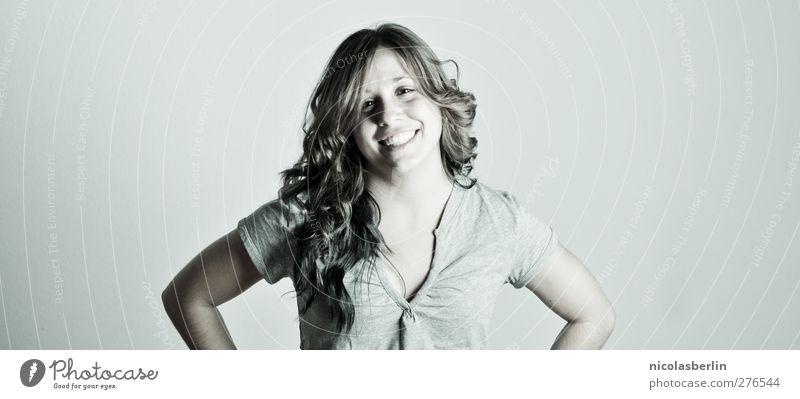 untitled Haare & Frisuren Gesicht feminin Junge Frau Jugendliche Erwachsene 1 Mensch 18-30 Jahre Lächeln lachen authentisch einfach Fröhlichkeit Freude Glück