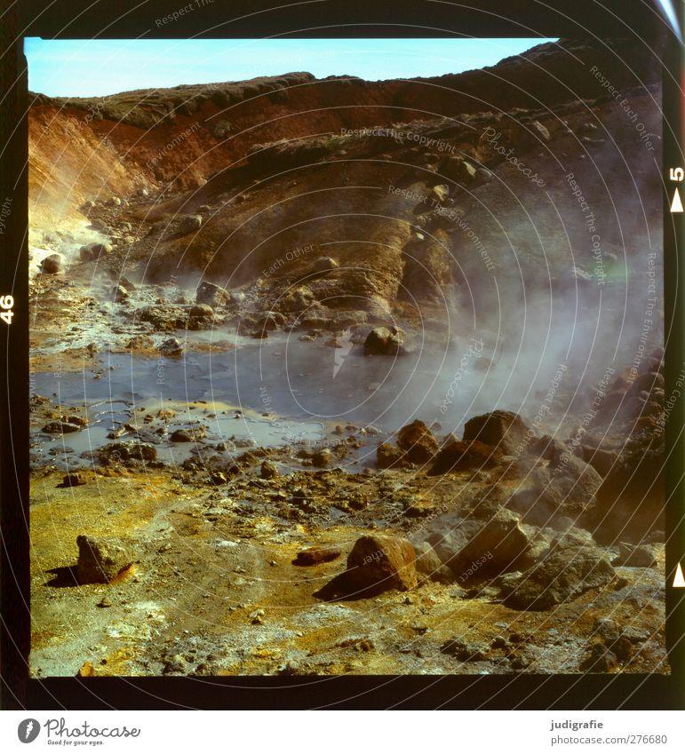 Island Umwelt Natur Landschaft Urelemente Erde Wärme Hügel Felsen Vulkan Rauchen außergewöhnlich bedrohlich heiß natürlich wild Solfatarenfeld Geothermik