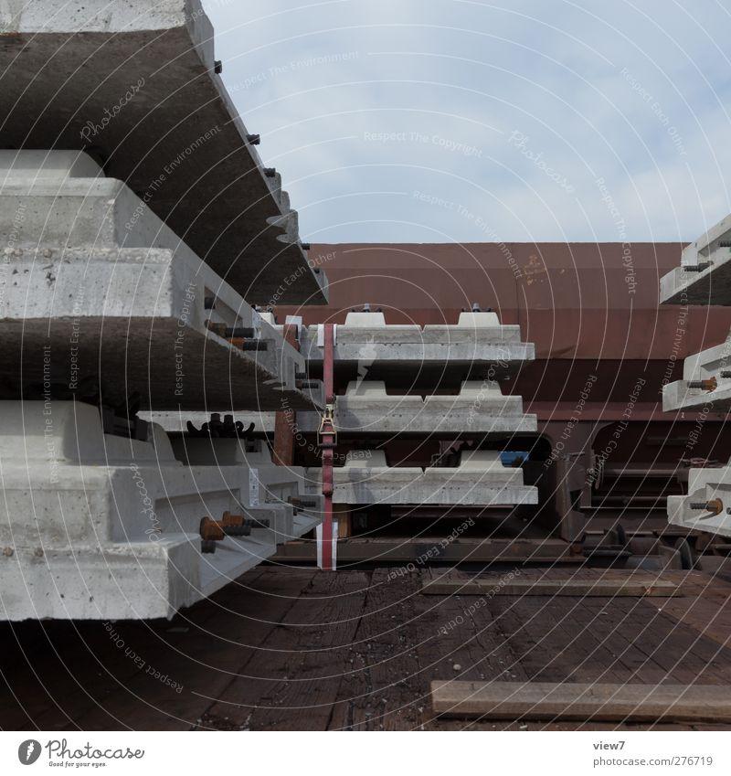 Güterzug Arbeitsplatz Güterverkehr & Logistik Verkehr Verkehrsmittel Schienenverkehr Eisenbahn Stein Beton authentisch gleisbau Gleise schwellen Rangierbahnhof