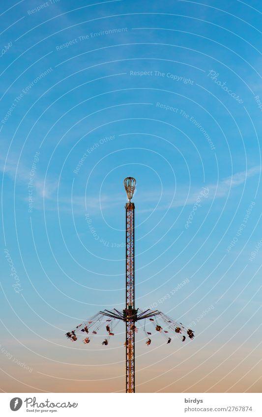 Adrenalin Mensch blau rot Freude gelb Bewegung Feste & Feiern Menschengruppe Abenteuer authentisch Schönes Wetter Geschwindigkeit hoch Freundlichkeit Turm