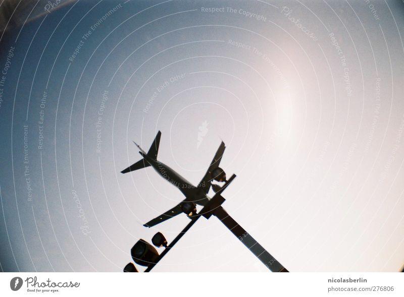 Bruchlandung die zweite Ferien & Urlaub & Reisen Tourismus Ferne Freiheit Pilot Luftverkehr Umwelt Wolkenloser Himmel Verkehr Verkehrsmittel Flugzeug