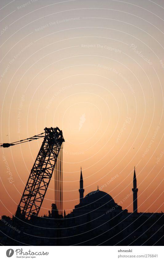 Baustelle Istanbul Türkei Stadt Bauwerk Gebäude Moschee Kran Glaube Religion & Glaube Islam-Hodscha-Minarett Farbfoto Außenaufnahme Textfreiraum oben