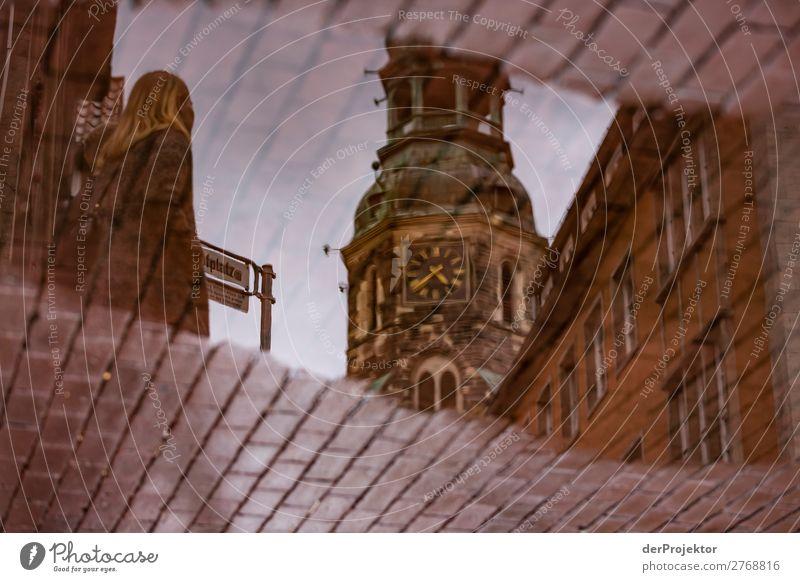 Pfütze in Hannover Ferien & Urlaub & Reisen Stadt Haus Erholung Architektur Tourismus Ausflug gehen Uhr Kirche ästhetisch authentisch laufen historisch