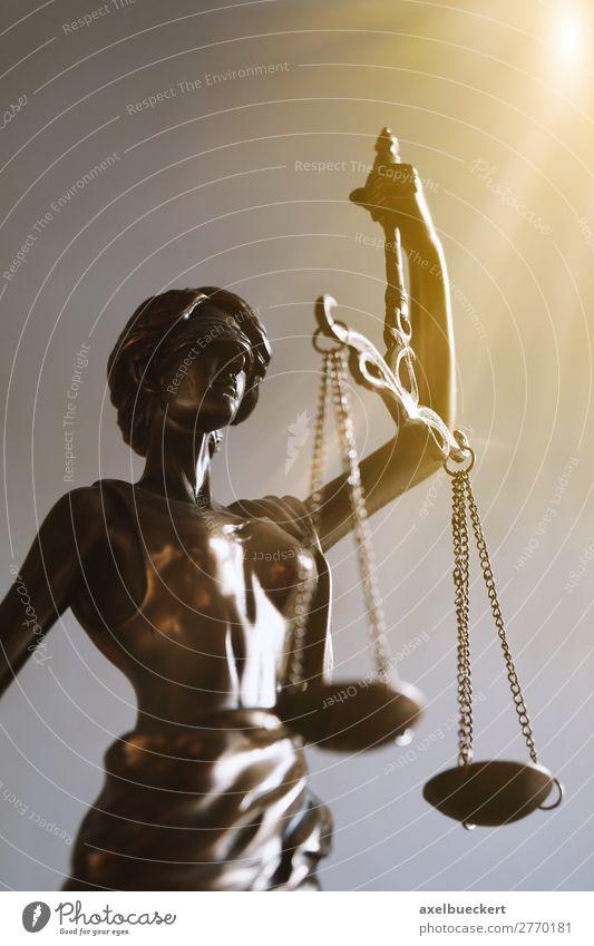 Justitia Business Frau Erwachsene Gerechtigkeit Statue Symbole & Metaphern Bronze blind Gleichgewicht Legislative Skulptur Gesetze und Verordnungen