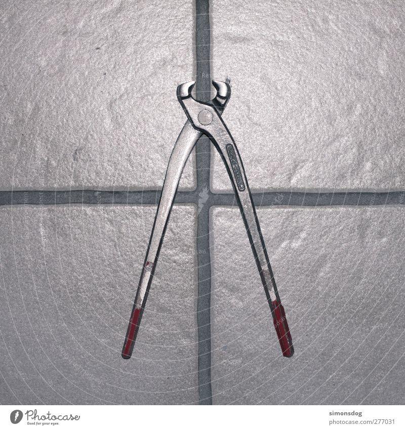 cut Kreuz glänzend kalt silber Zange Werkzeug Fliesen u. Kacheln Trennung Metallwaren Arbeitsgeräte Durchschnitt Farbfoto Innenaufnahme Nahaufnahme