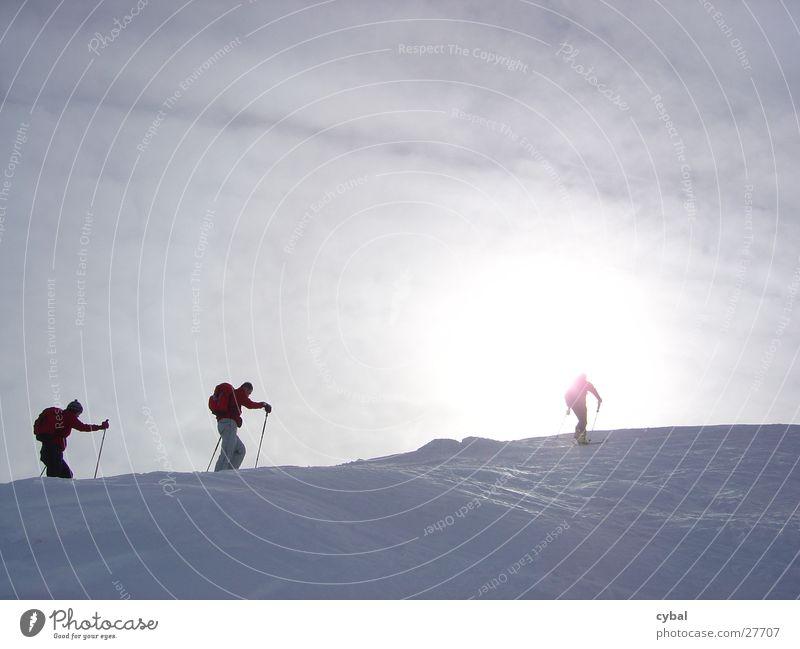 Skitour Sonne Ferien & Urlaub & Reisen Schnee Berge u. Gebirge Skifahren mehrere Extremsport