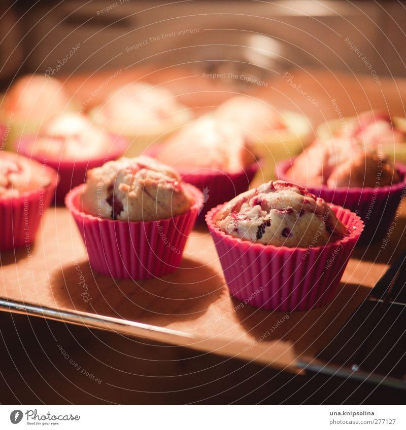 und das ganze 20 minuten lang backen Lebensmittel Teigwaren Backwaren Kuchen Dessert Süßwaren Muffin Ernährung Backform lecker Wärme Herd & Backofen Backblech