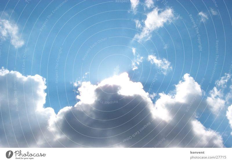 Schönwetter-Wolken-Himmel blau Sonne verstecken Stimmung Kontrast