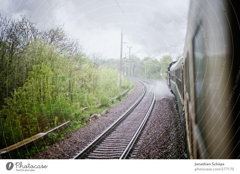 historische Reisen I Natur Ferien & Urlaub & Reisen Landschaft Umwelt Regen Reisefotografie Verkehr Ausflug Abenteuer ästhetisch Eisenbahn beobachten Romantik