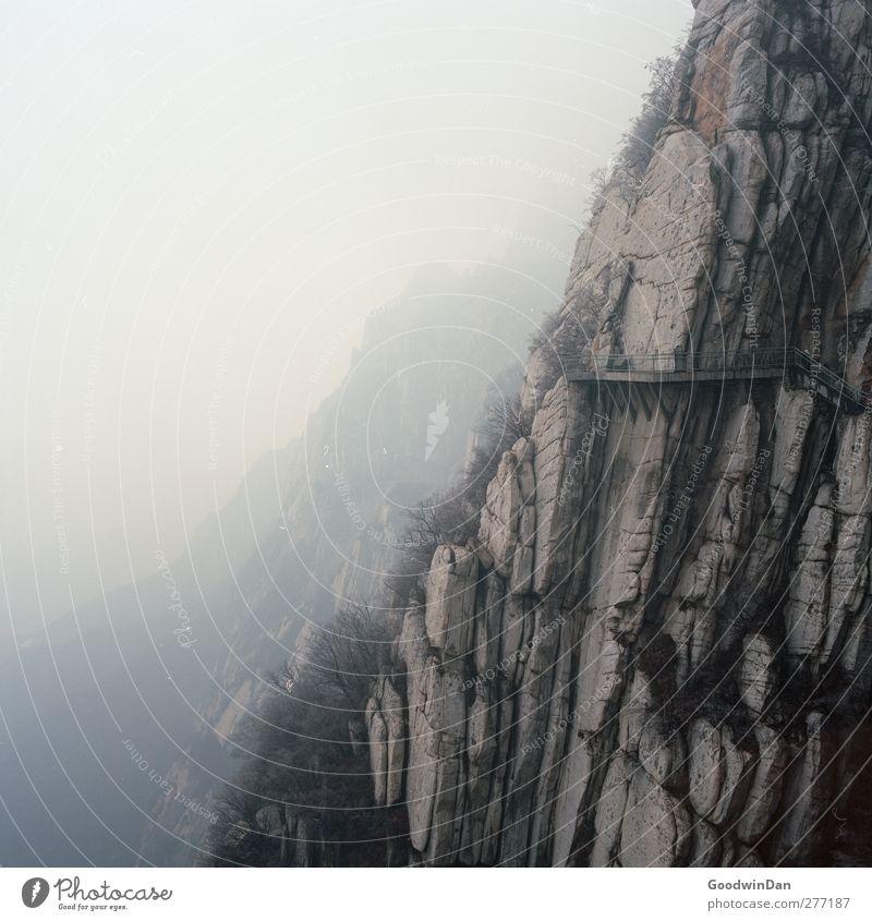 Into the wilderness. Natur Umwelt kalt Berge u. Gebirge Eis Wetter Klima groß hoch authentisch Frost Hügel eckig gigantisch